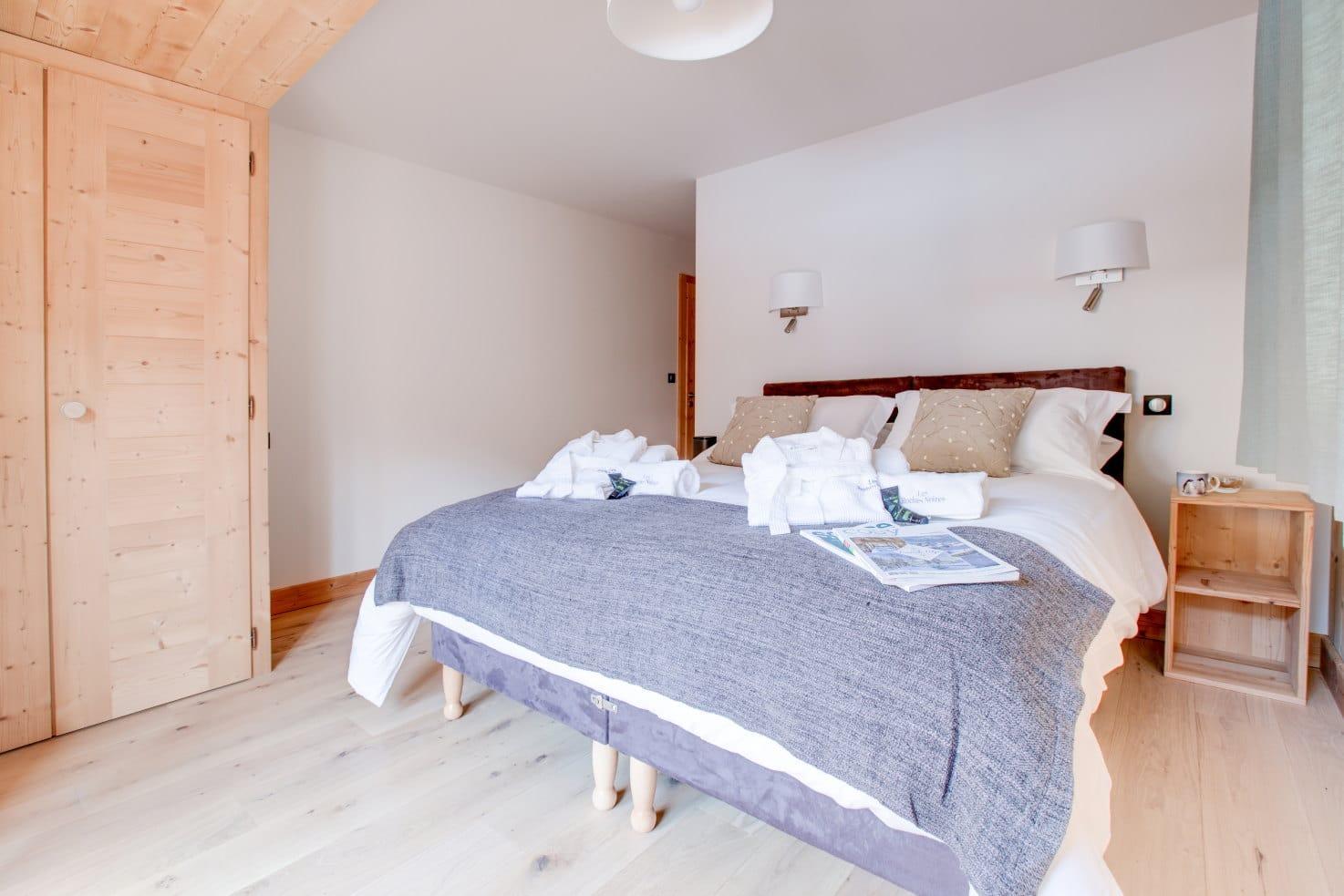 Chalet Les Roches Noires Bedroom