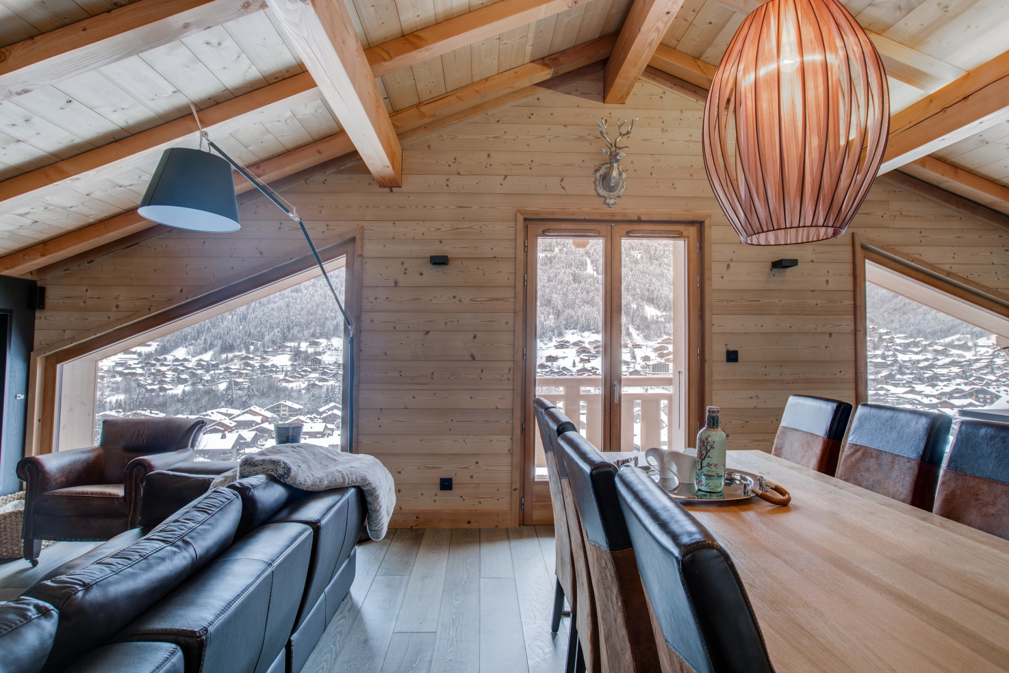 Altaka 2 living area luxury self catered apartment morzine