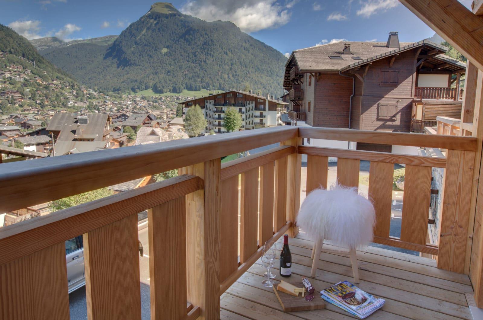Altaka 1 Balcony