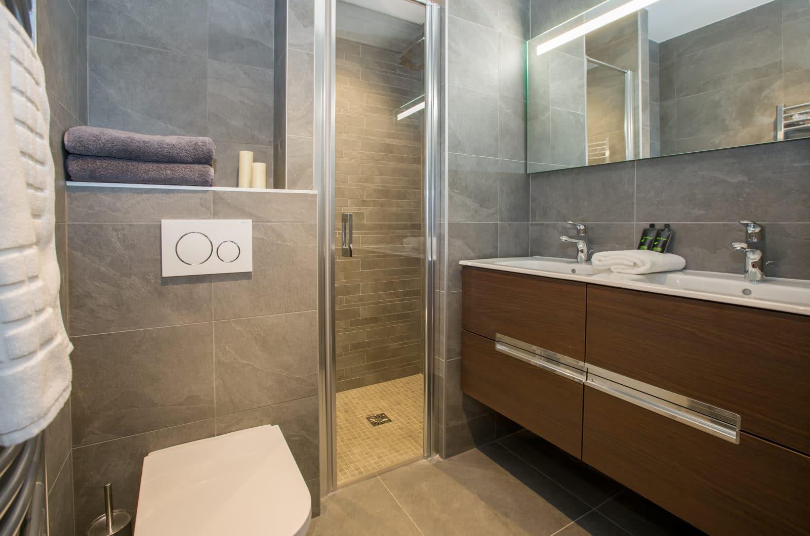 Chalet Joux Plane, Chalet Joli Bathroom 3