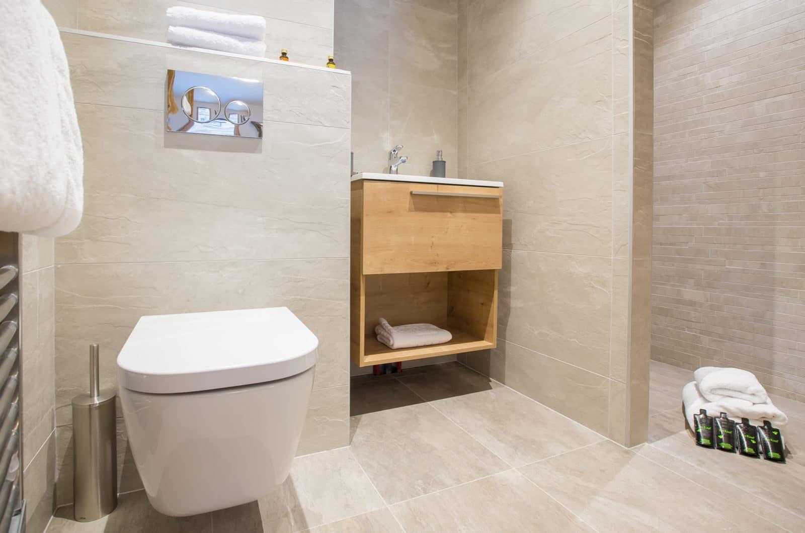 Chalet Joux Plane, Le Lapin Bathroom