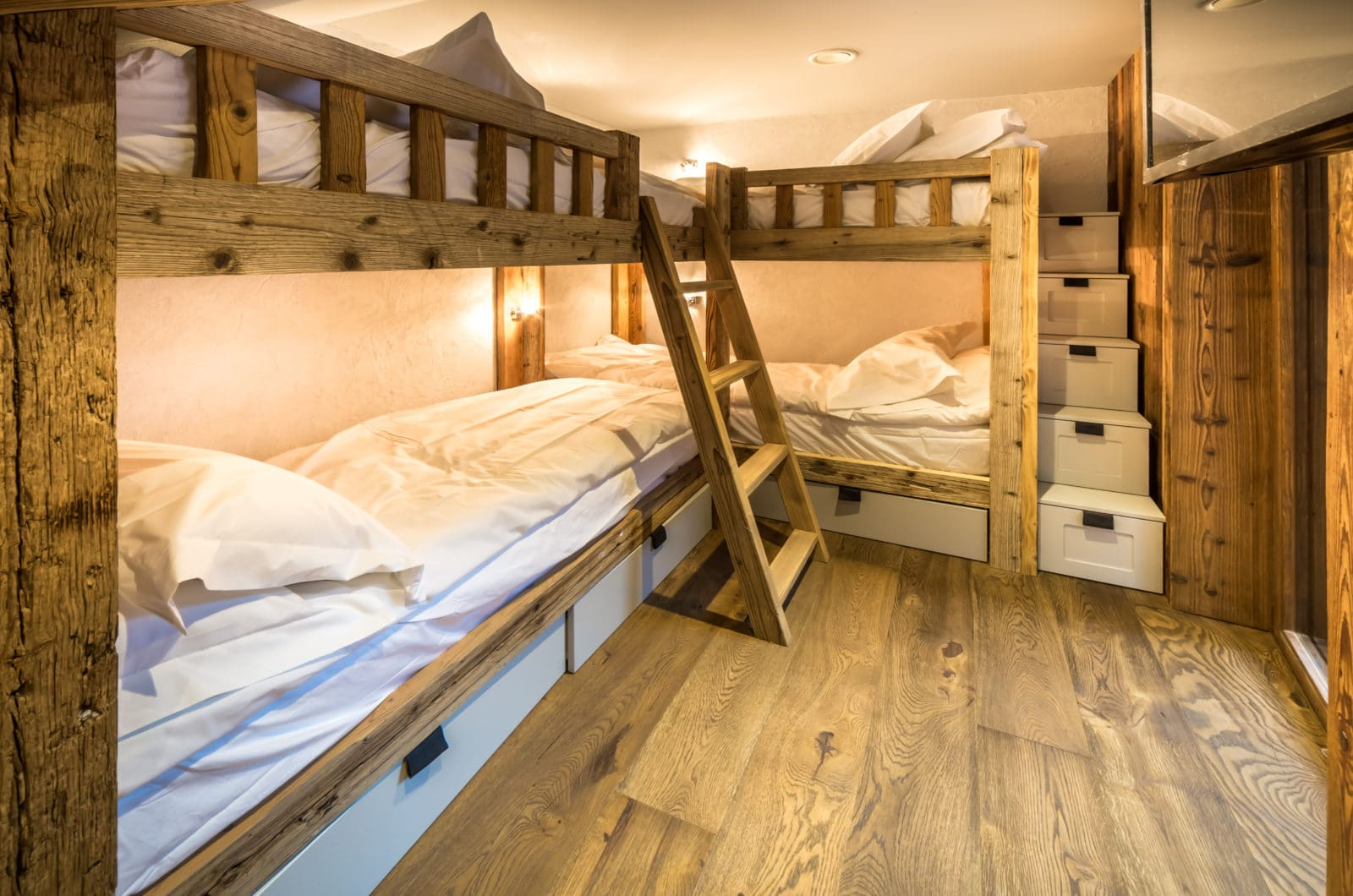 Chalet Kapa Bunk Room