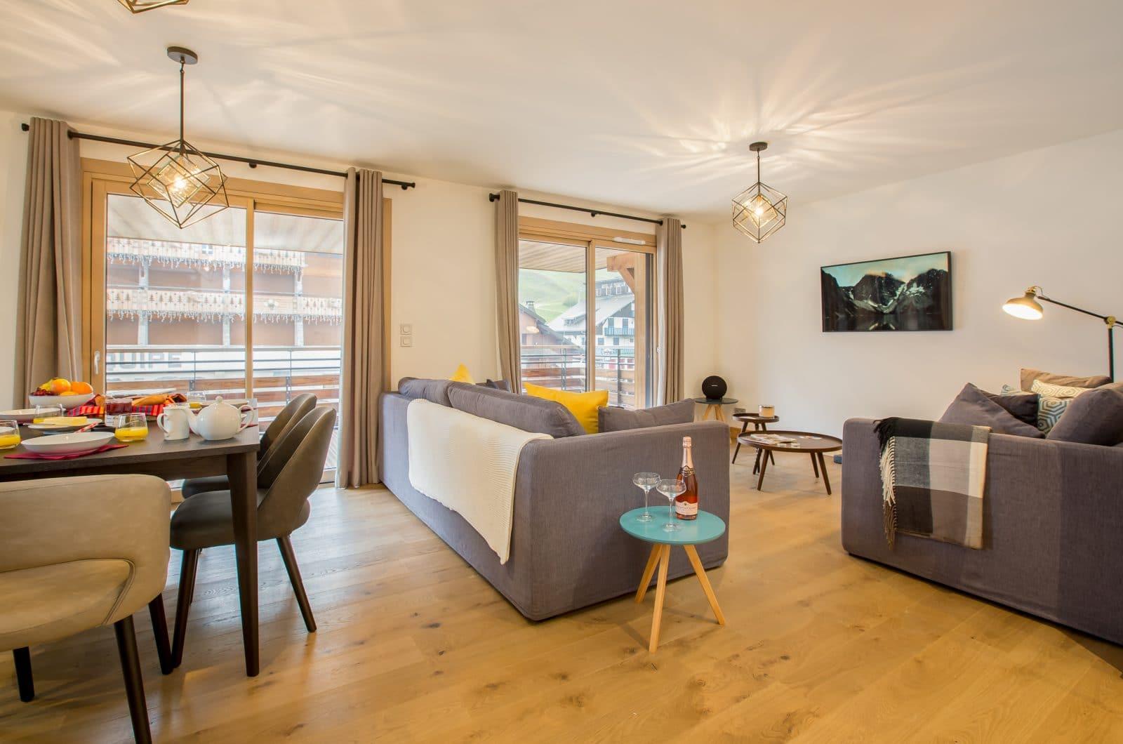 Apartment Asta Balcony 50m from Pleney Lift Morzine