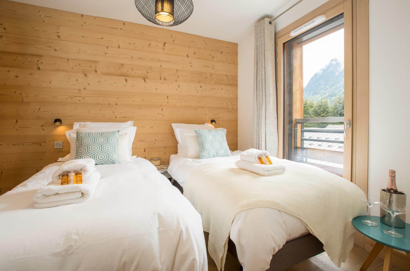Apartment Asta Bedroom 2 50m from Pleney Lift Morzine