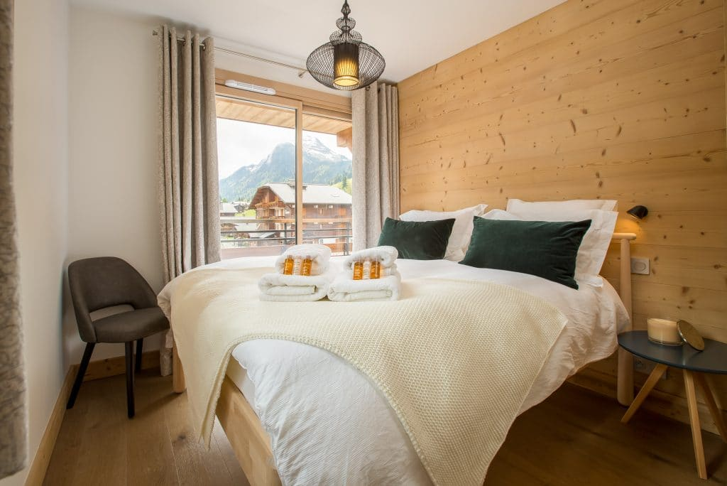 Apartment Asta Bedroom 3 50m from Pleney Lift Morzine