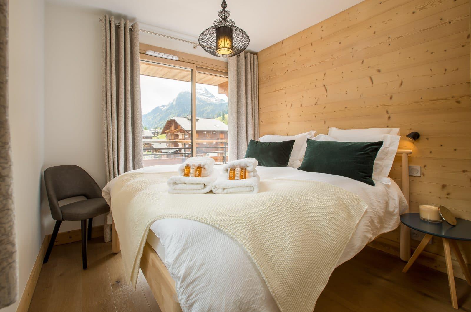 Apartment Asta Bedroom 3 50m from Pleney Lift Morzine