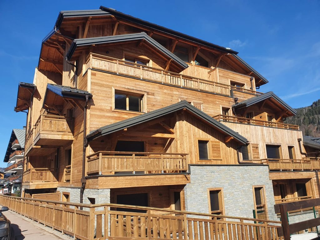 External photo of this central Morzine apartment