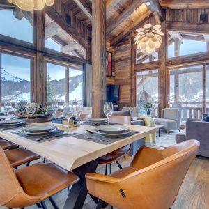 Chalet Yukinko dining- ski chalet in Morzine